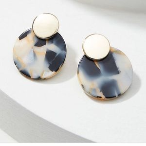 Two-tone circle drop earrings